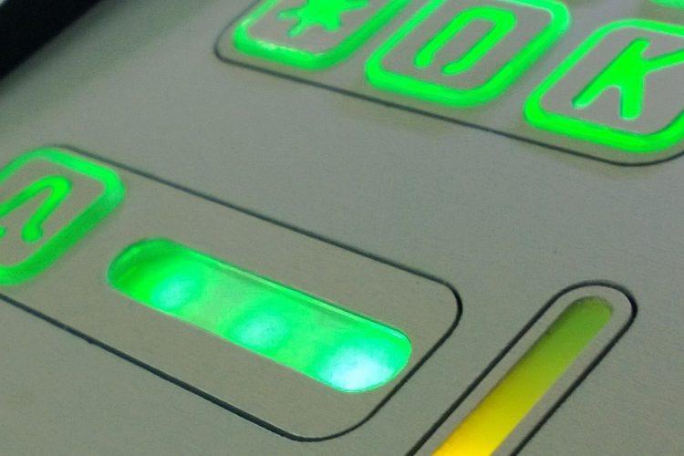 Domofon trzyrodzinny z szyfratorem i interkomem