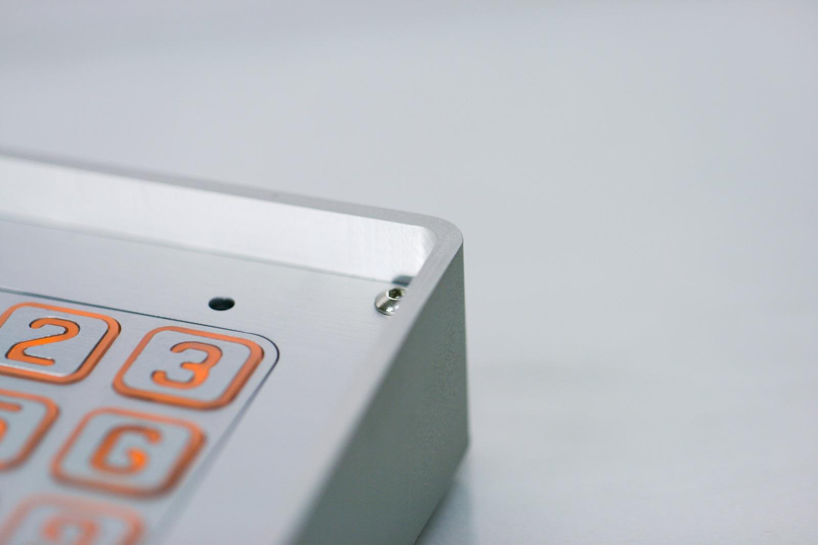 Obudowa natynkowa domofonu Radbit - stop aluminium, anodowana